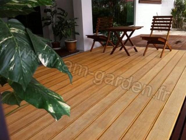 kit de terrasse en bois 1m tre carr. Black Bedroom Furniture Sets. Home Design Ideas