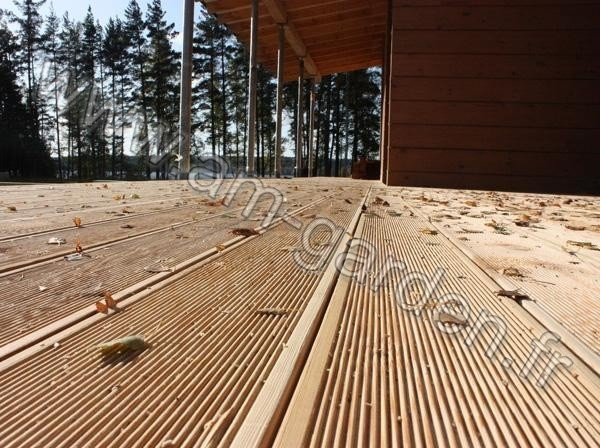 une planche de terrasse en bois 28 120 3000mm marron. Black Bedroom Furniture Sets. Home Design Ideas